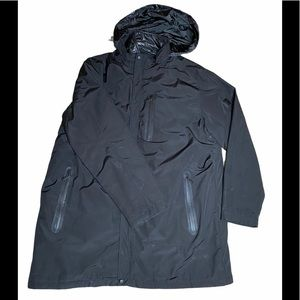 Tumi Tech Insulated Jacket with hood. XL
